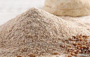Борошно пшеничне жорновий цільнозернові