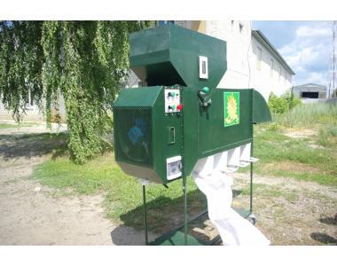 Аэродинамический сепаратор ИСМ-5 для чистки и калибровки зерна