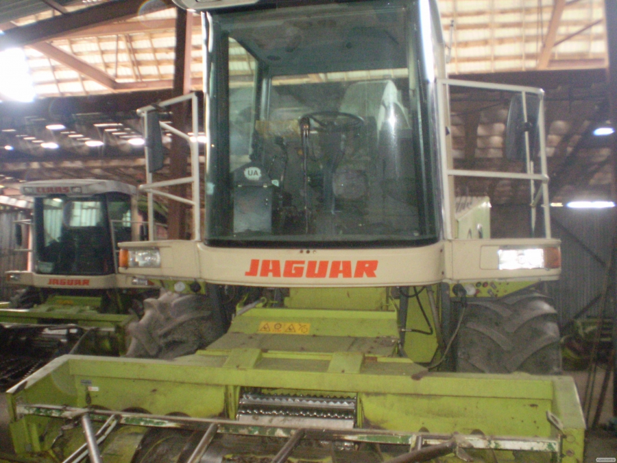 Предоставляем услуги кормоуб. к-ми Ягуар-840