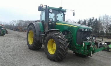 Трактор John Deere 8320 (2005)