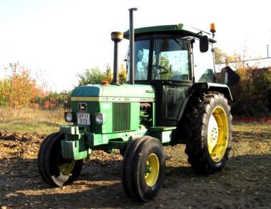 Трактор John Deere 2040S (1983)