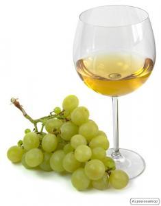 Мускат, белое полусухое вино МУСКАТ