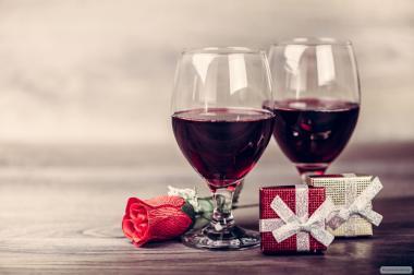 Вино домашнє виноградне.