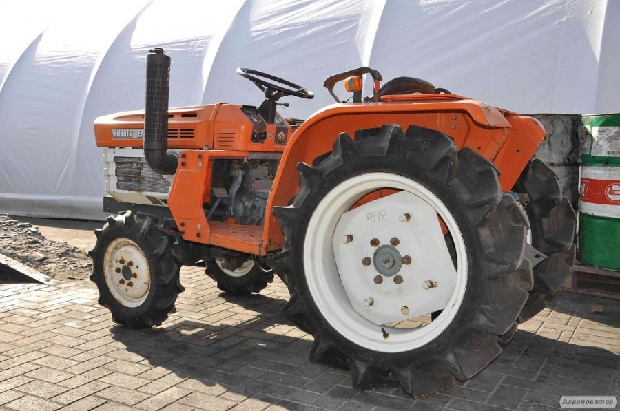 Мини трактор Kubota B1600DT