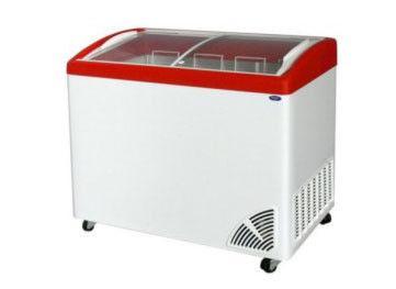 Морозильне ларі з гнутим склом ARO – 205/1 (3-кошики + колеса)