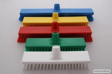 Прибиральний інвентар, кольорові щітки
