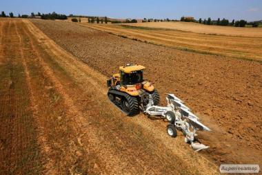 Гусеничний трактор Challenger MT700E