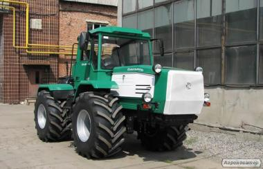Колісний універсальний сільськогосподарський трактор ХТА-250