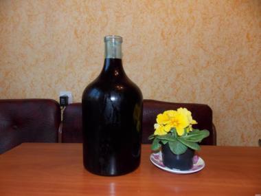 ПРОДАМ ДОМАШНЄ ВИНО виноградно