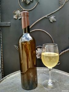 Крафтовое вино из одуванчиков
