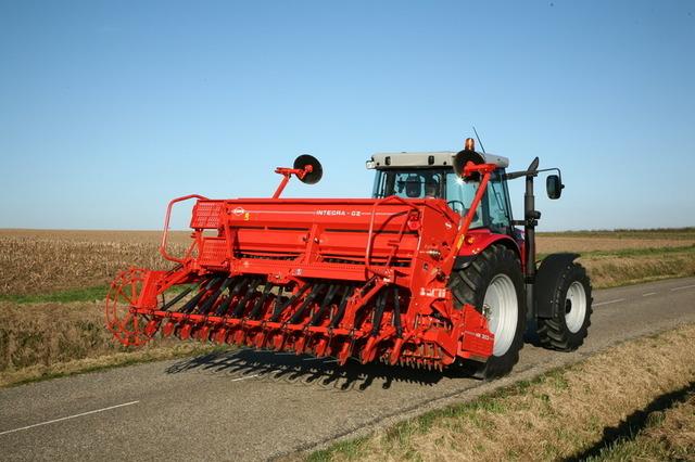 Сеялка зерновая INTEGRA