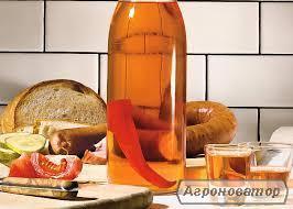 Перцівка з медом, самогон домашній 50% (ячмінь+жито), віскі.