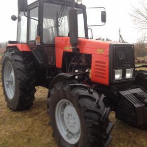 Трактор Беларус МТЗ 1221 (2004)