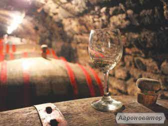 вино белое полусухое Рислинг  (KeysWine)