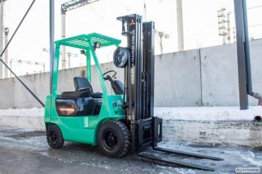 Дизельный погрузчик  Mitsubishi FD15 Forklift