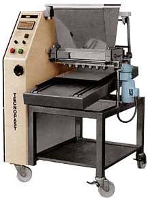 Тесто-отсадочная машина TECNOPAST DEB 70F