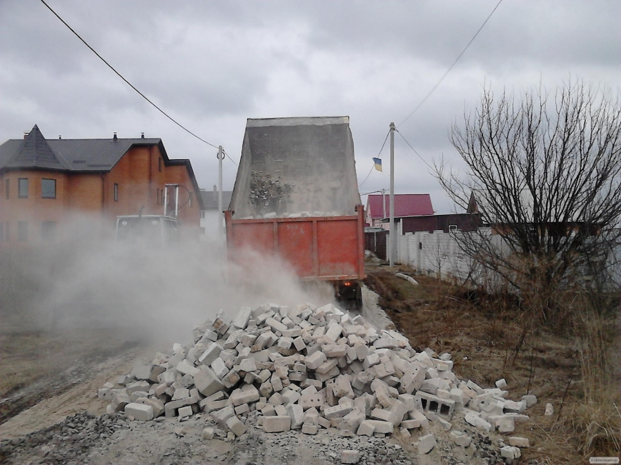 Будівельне сміття Київ. Доставка будсміття Київ