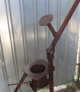 Ручной пресс для изготовления топливных брикетов. Оригинал. Производит