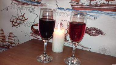 Домашнее вино, вишня, вионоградное