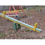 Элементы детской площадки: качели