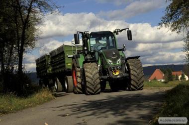 Колесный трактор Fendt 700 Vario