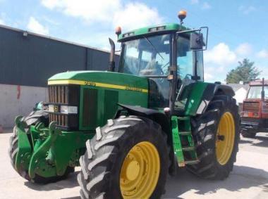 Трактор John Deere 7810 (2001)