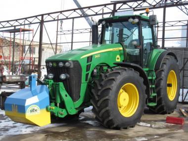 Трактор John Deere 8430 (2007)