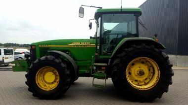 Трактор John Deere 8400 (1999)