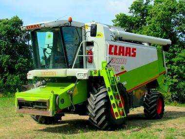 Комбайн Claas Lexion 480 (2001)