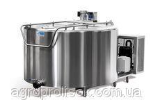 Охолоджувач молока 700 л