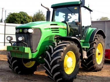 Трактор John Deere 7820 (2005)
