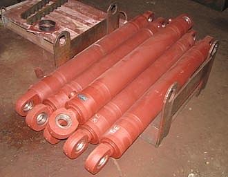 Гідроциліндр екскаватора ЕО-3326
