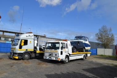 Вантажні перевезення автотранспортні