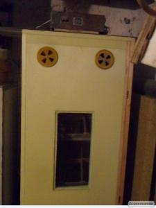 Инкубатор для страусиных яиц