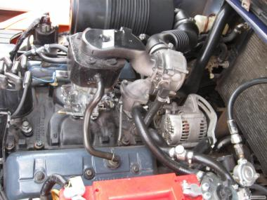Вилочний навантажувач Toyota 02-7FG35 з боковим зміщенням