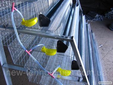 Годівниці оцинковані і пластикові