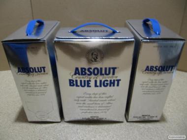 ABSOLUT-шведська горілка преміум класу