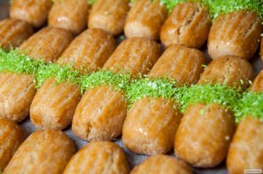 Пахлава ореховая медовая 14 видов. Халва