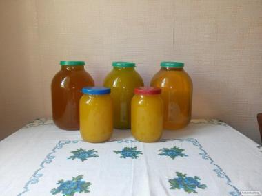 Продаж домашнього меду з власної пасіки