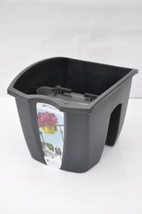 Вазон, горщик пластиковий