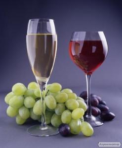 Натуральні вина: сухі, напівсолодкі, молдавський коньяк, домашняячача