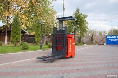 Штабелер электрический Linde L 12 R