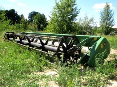 Жатка зерновая John Deere 625 R (2002)