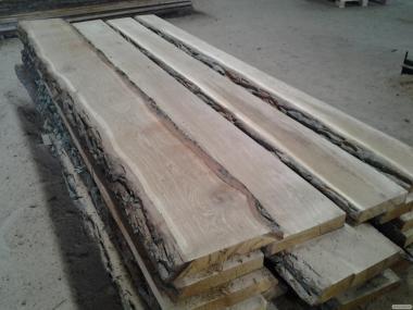 Доску дубовую сухую полуобрез. Сорт 2-3. Толщина 50 мм, длина 3 м.