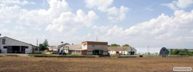 Продам фермерське господарство по трасі Харків-Київ в 65 км від Харкова