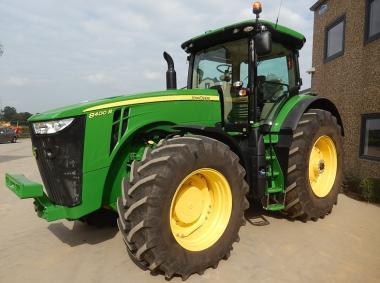 Трактор John Deere 8400R (2017)
