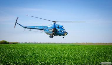 Обробка кукурудзи вертольотами і літаками - авіапослуги