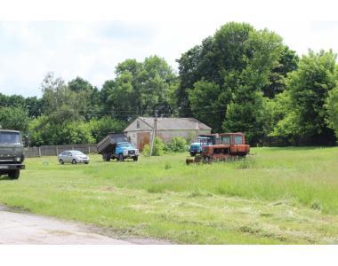 Продажа бывшего сельхозпредприятия с арендаторами