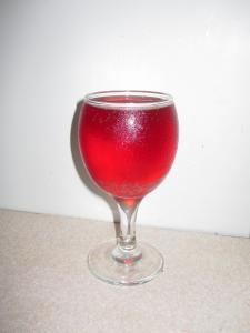 Продам домашнє вино, шампанське і коньяк