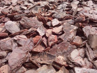 Продам сосновую кору крупной фракции 4-9 см